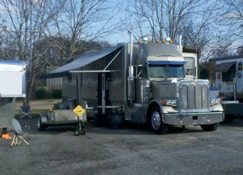 Didn't know Peterbilt made barbceue trucks -- note portable TV dish to watch Alabama game