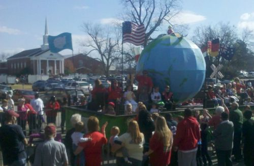 Nice float by the Methodists, but the REALLY BIG church in the background is the First Baptist