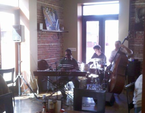 Sunday brunch at 5 Sisters Blues Cafe.  Blind blues pianist is a bit of a cliche, but he was good!
