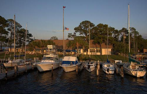 Friendly and inexpensive Fort Walton Yacht Club
