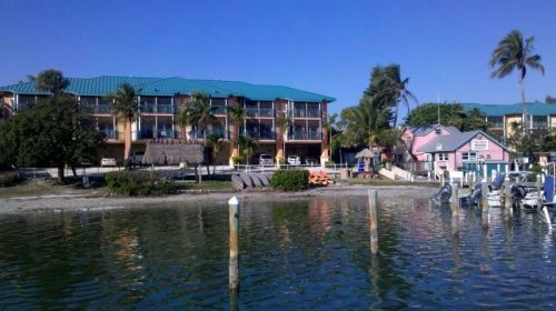 Funky Tween Waters Resort and Marina