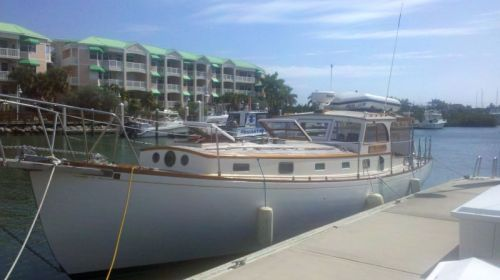 Memsahib in her berth for a well-deserved one-month rest in Key West.